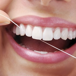 The issue of floss: does it work or not, anyway?