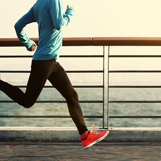 Can jogging affect oral health?