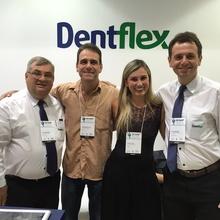 Da esquerda para a direita esta o Diretor Paulo H. Bis, os Representantes Elaine e Leonarodo Reis do RJ e o Ditretor Tiago Seixas.