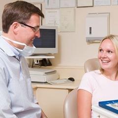 Posso cobrar pela consulta agendada a qual o paciente faltou?