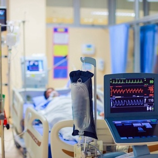 Oral hygiene in patients in the ICU reduces the risk of infections